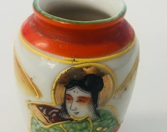 Antique Occupied Japan Small Hand Painted Japanese China Vase
