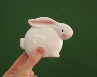 Ceramic Bunny Vintage Statue (A sweet minimalist 80s era white rabbit figurine.) 4 inches