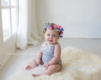 Sitter Photography Prop / Stretch Romper with Lace / Gray and Cream / Australian Seller / 6-12 Months Sizing / Ready To Ship
