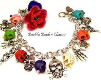 Skull Charm Bracelet Jewelry, Sugar Skull Bracelet Jewelry, Day of the Dead Bracelet Jewelry, Halloween Charm Bracelet, Howlite Skulls,