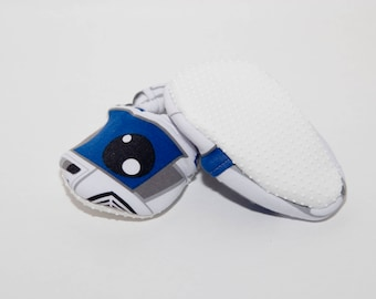 BLACK FRIDAY SALER2D2 Crib Shoes - Baby Shoes - Toddler Shoes - Soft Baby Booties