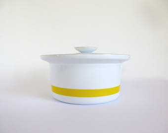 Cathrineholm Ribbon Casserole Yellow Striped Banded Dutch Oven Norway Mid Century Enamelware