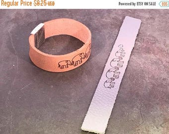 On Sale NOW 25%OFF Best Quality 20mm - 1 Pc - Greek Leather Strap - Elephant Embossed - Gray - Qty 1