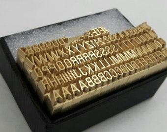 Brass Type 12 Pt UNIVERS 57 100 pieces