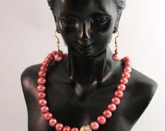 Unique! Set bead necklace & Earrings Salmon Freshwater Pearls