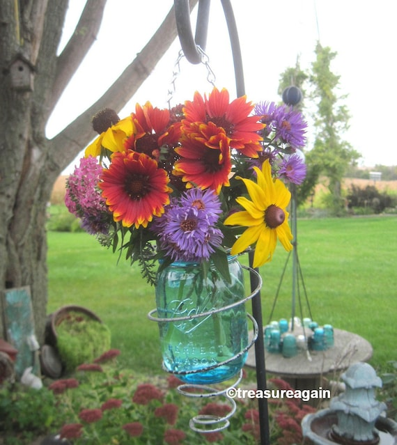 multi color outdoor solar jar design. 1 Spring Mason Jar Solar Light In Upcycled Bed Springs Outdoor Lighting Recycled Garden Decor, Choice Of Colored Ball Pint Jars, Box Multi Color Design