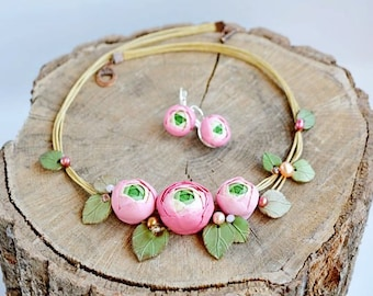 Pink flower necklace Pink floral jewelry set Ranunculus jewelry Wedding pink necklace Bridal statement jewelry Gift for her Anniversary gift