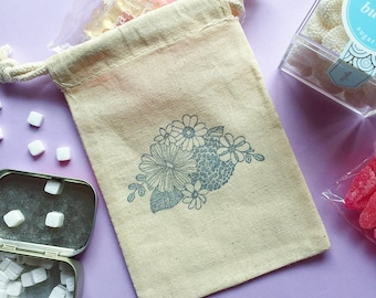 Flower wedding favor bag - bridal shower - flower bag- bridesmaid gift bag- wedding gift bag- treat bag- gift bag- wedding party favor