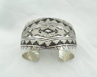 Stunning Hand Signed Navajo Native American Design Sterling Silver Cuff Bracelet #NAVAJO-CF7