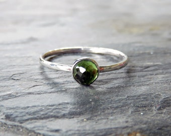 5mm Peridot Stacking Ring in Sterling Silver - Rose Cut Round Stone Stack Ring - August Birthstone Mother's Ring - Choose Band Style