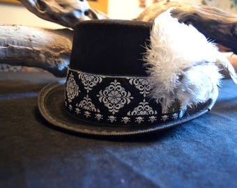 Plumage Cylinder Steampunk-Feathers-Psy Trance-Feathers-Handmade-Vintage Hat-Steampunk-Steampunk Top Hat-High Cylinder