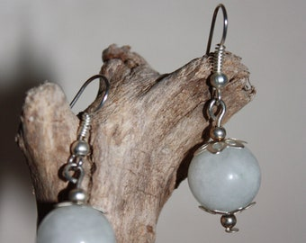 Creamy White Pearl Earring