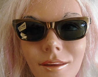 Vintage 1950s Sunglasses Gold and Black Deadstock NWT Buddy Holly