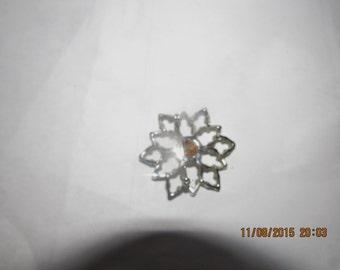 Flower Diamond Star 1 7/8 inches diameter Costume Jewelry Brooch Pin