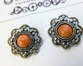 vintage 22mm flower earrings, orange cabochon flower earrings, flower earrings, bridal earrings, clip on flower earrings,  clip on earrings,