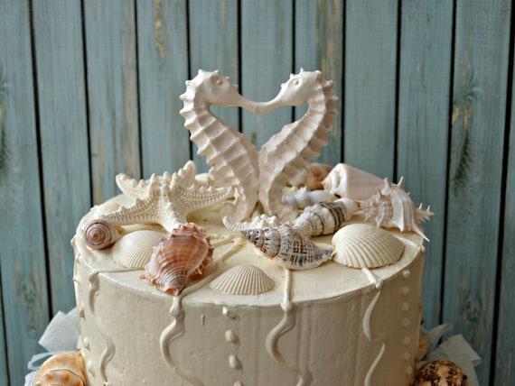 seahorse-wedding-cake topper-distressed-kissing-seahorse cake
