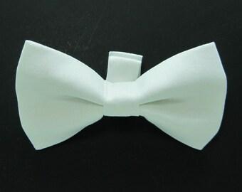 White Dog Bow Tie / Wedding Dog Bow/White Dog Bowtie