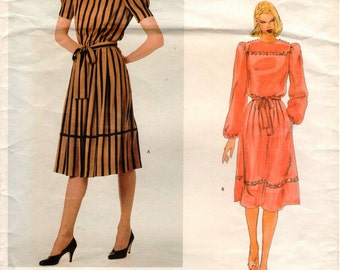 Vintage UNCUT Vogue American Designer Albert Nipon Pattern 2796 - Misses Semi-Fitted Dress w/Blouson Bodice & A-Line Skirt - Size 12