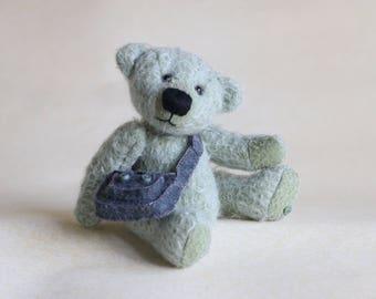 Norbury OOAK collectible mohair bear