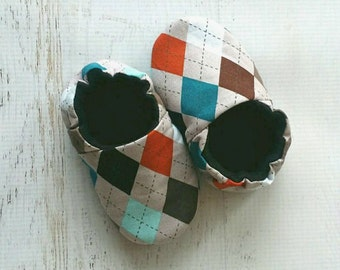 Baby shoes - baby boy booties - crib shoes - argyle baby shoes - toddler shoes - soft shoes