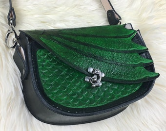 Leather Dragon Purse - Green Dragon Shoulder Bag - Women's Leather Dragon Bag - Dragon Scale Bag - Dragon Gift for Her - Medieval Cosplay