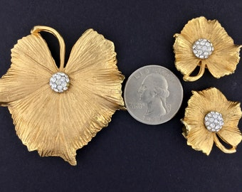 Vintage Claudette Brooch and Earrings Set Leaf Shaped with Clear Rhinestones