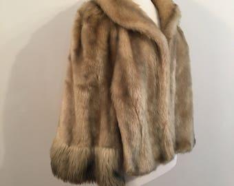 Vintage FAUX FUR CAPLET/Vegan Fur Cape/One Size