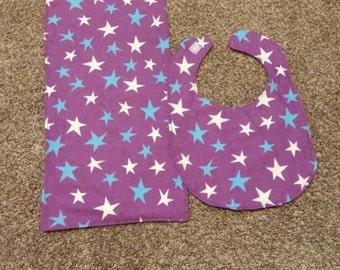Star bib and burp cloth set.