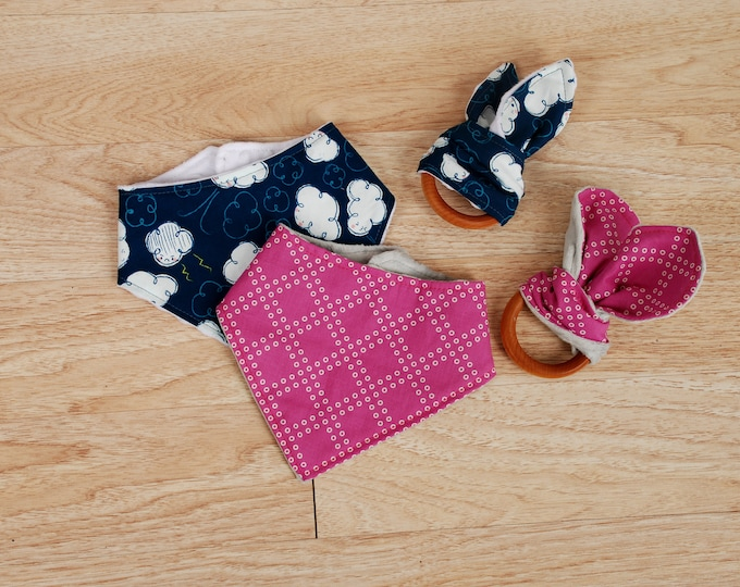 Featured listing image: Organic Wooden Teether and Bandana Bib Set