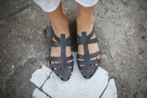 Mules Grey Strappy Sandals Alicia Grey Handmade Summer Flats Leather Sandals Shoes Summer Sandals Slide Sandals Grey Sandals SALE awd6qYa
