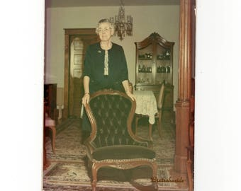 Vintage 5x7 old woman in home color photo