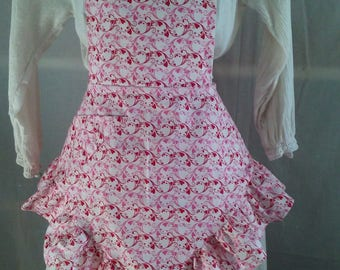 A sweet,flirty heart print Valentine apron.