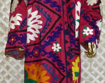 original vintage mint condition natural colored silk hand embroidered jacket Uzbek chapan kaftan light coat suzani style 599 jIivwty3