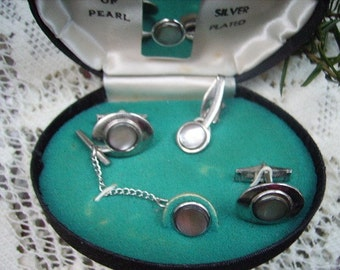 Vintage Mother of Pearl Cuff Link  Tie Clip Set Silvertone