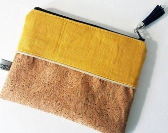 Clutch/cosmetic case * 19 x 14 cm * glittery Cork and linen clutch * mustard *.