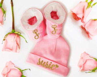 Baby Gift Set Personalized Hat Booties Girl Newborn Shower Gift Coming Home Outfit Accessories