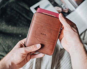 Travel wallet, passport case, passport cover, travel organiser, leather, tan, chestnut, black, grey, PORTE, handcrafted by band&roll
