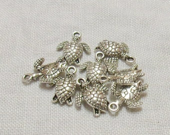 Tibetan Silver Turtle Charms - 13 x 12 mm - Set of 7