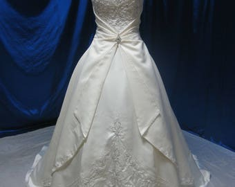 Gorgeous Fairy Tale Wedding Dress with Beaded Straps and Embroidery