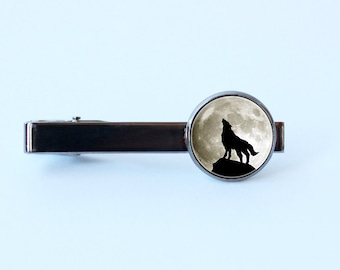 Wolf tie clip Moon tie clip Husband gift Moon and wolf Gift for father Men accessories Wolf jewelry Moon jewelry Wolf tie bar Howling wolf