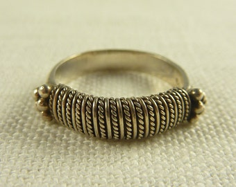 Size 7.25 Vintage Sterling Tribal Wire Wrapped Ring