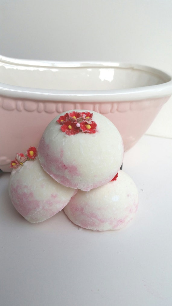 Strawberry & Rose Bath Creamer
