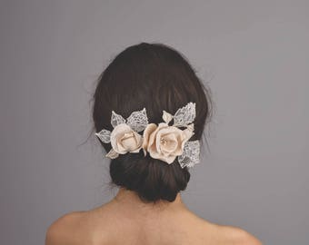 Bridal Flower Hair clip/Wedding Hair Accessory/Decorative Bridal Comb