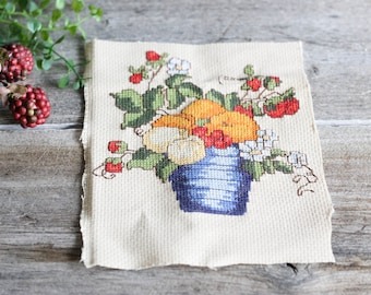 Strawberries, Finished Cross Stitch, ready to be framed, Vintage needlepoint