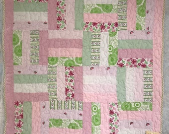 Finished Quilt, baby girl