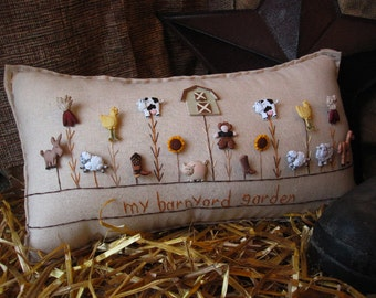 My Barnyard Garden Pillow (Cottage Style)