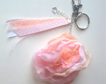 Keychain or handbag soft pink flower