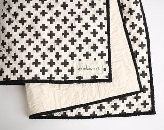 STQW3 Black/Cream Plus Sign Whole Cloth Baby Quilt