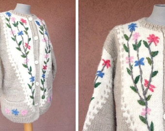 1950's / 1960's Wool Embroidered Cardigan - 50's Floral Wool Cardigan