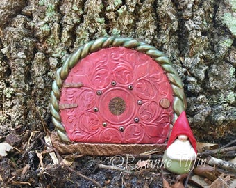 Enchanted Floral Garden - Ruby Ring Fairy Door